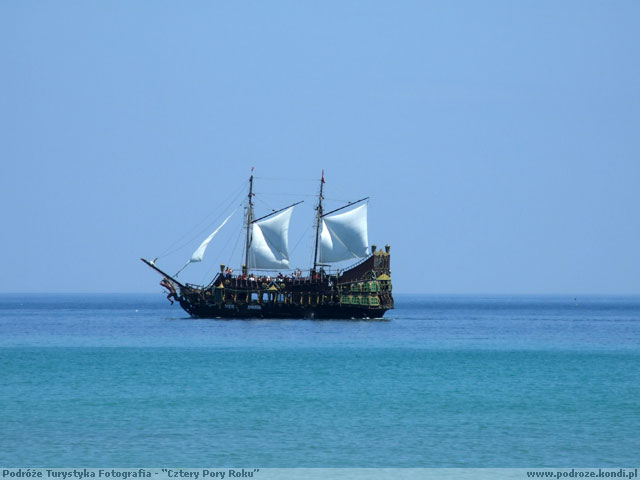 Tunezja Sousse - Płynie statek płynie po afrykańskiej krainie